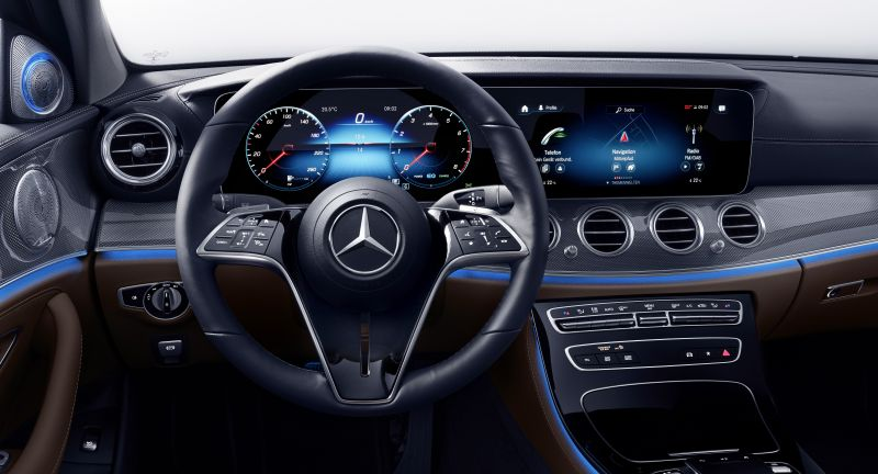 Extensive update: The new E-Class: Intelligence is getting excit, Mercedes-Benz Cars, as of 2020, E-Class, Daimler Global MediaSite, Press Archives, 05 - 2020, Neue Motive 2020, MediaSite, Brands & Products, 120 years of steering wheel development at Mercedes-Benz, 03 - 2020, Press Releases sorted by years, 2020, Mercedes-Benz Passenger Cars